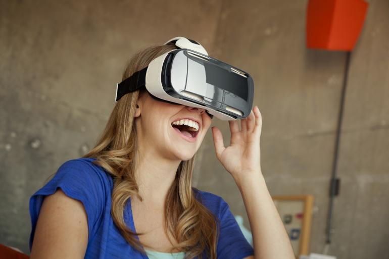 Teknolojice-SamsungGearVR-4