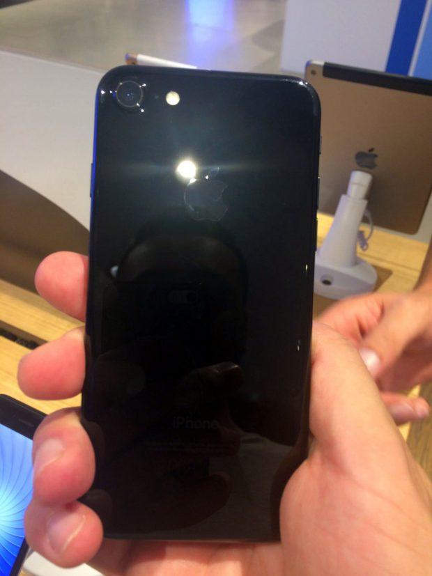 iphone-7-24