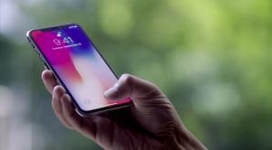 iPhone X Şarj Ömrü ile Güldürüp, Şarj Dolum Süresi ile Ağlatıyor!